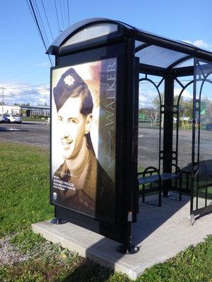 カナダの終戦記念日_c0353373_04000731.jpg