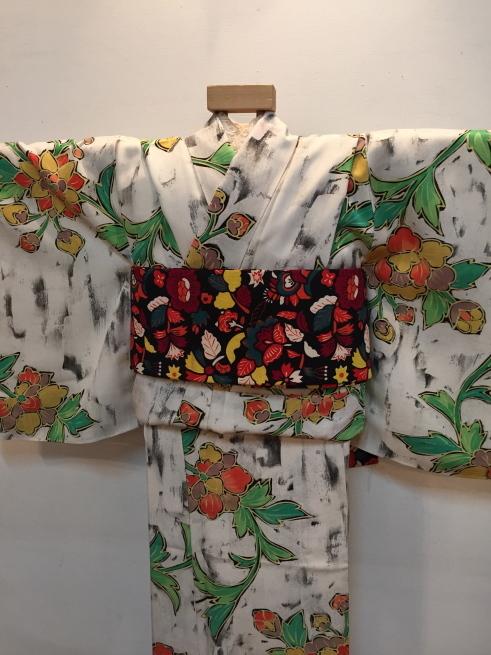 「今昔きもの市」緑クロス・白花・ボーダー着物♪販売商品16_c0321302_01023216.jpg