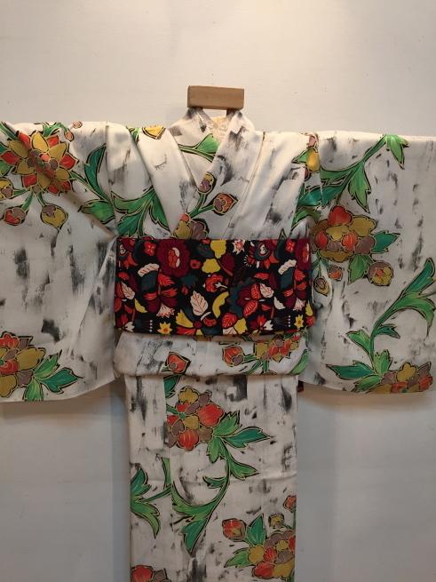 「今昔きもの市」緑クロス・白花・ボーダー着物♪販売商品16_c0321302_01024404.jpg