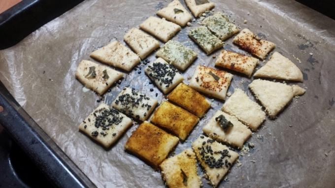 10月21日(水)  塩バターロールと栗づくしの焼き菓子・クラッカー_d0138307_13145230.jpg