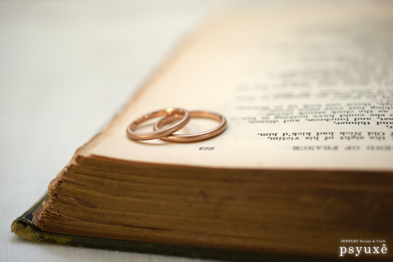 細いマット仕上げの結婚指輪_e0131432_11324210.jpg
