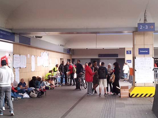 ウィーンにいらした難民の方々_c0352544_13285180.jpg