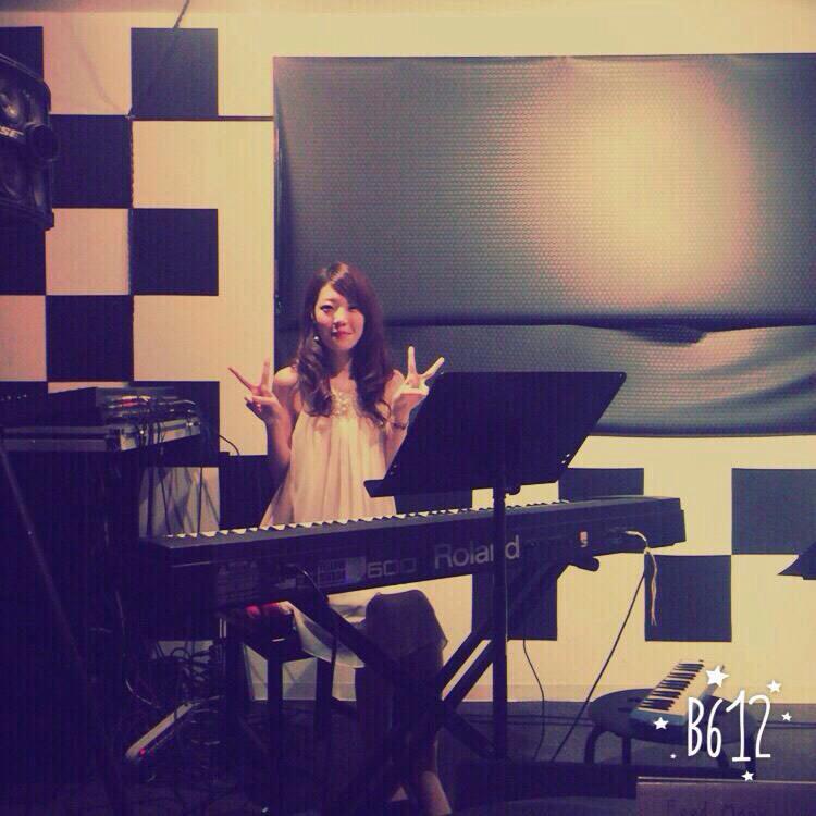 2015/10/21「ピアノ生徒様、募集!」_e0242155_10583867.jpg