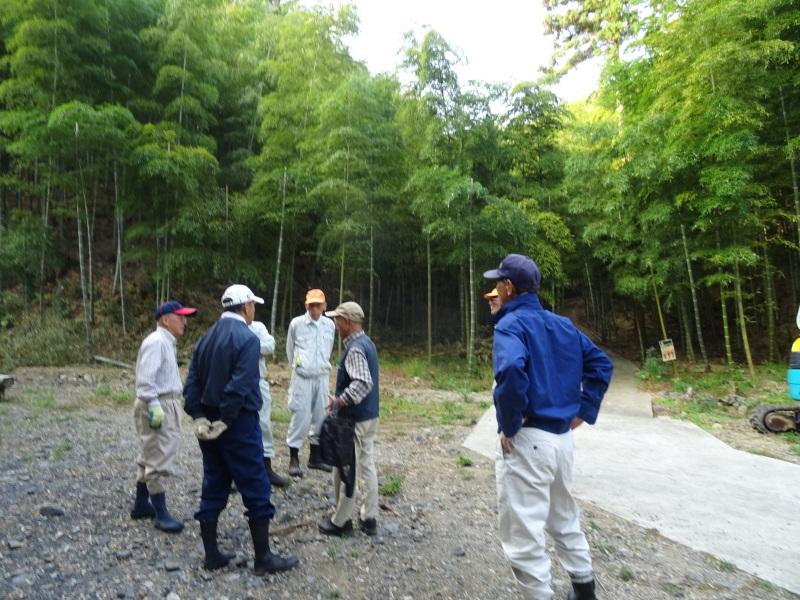 多奈川財産区「竹の里」訪問_c0108460_16103780.jpg