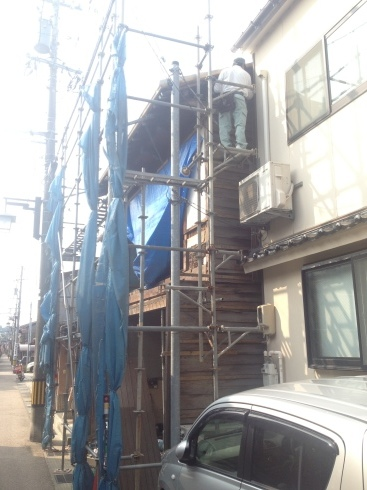 建物の側面_f0348078_21572409.jpg