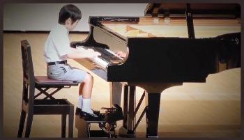 天使さんのピアノコンクール ♫•*¨*•.¸¸♪_c0203401_1541567.jpg