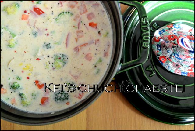 お野菜たっぷり!豆乳味噌スープ_c0287366_2443430.jpg
