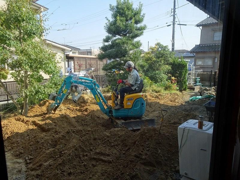 ■造園工事スタート■_e0188083_01192470.jpg