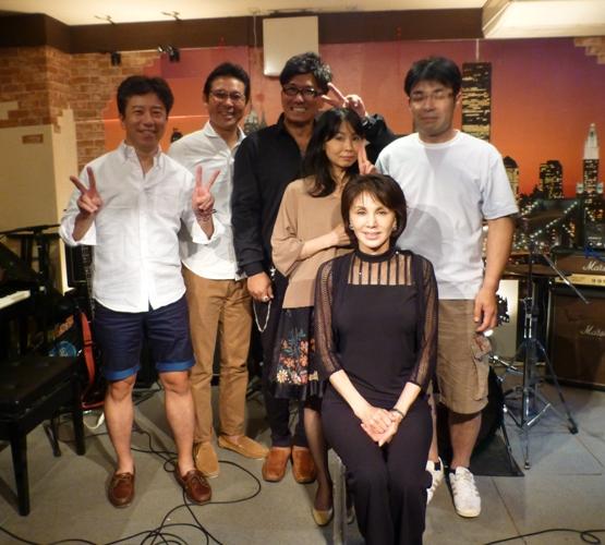 2015年9月21日、MayumiさんZOEでの、最後のカラフルライブでした。_e0188087_23114535.jpg