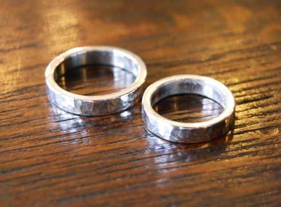 叩きの結婚指輪_f0155891_17141240.jpg
