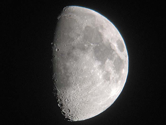 又お月様ですが、、、_e0016894_21254853.jpg