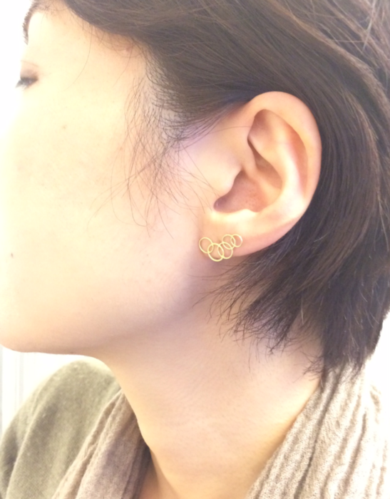 cercleなピアス。_c0243355_1853649.png