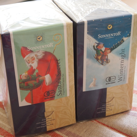 クリスマスのお茶入荷しました_a0292194_19361852.jpg