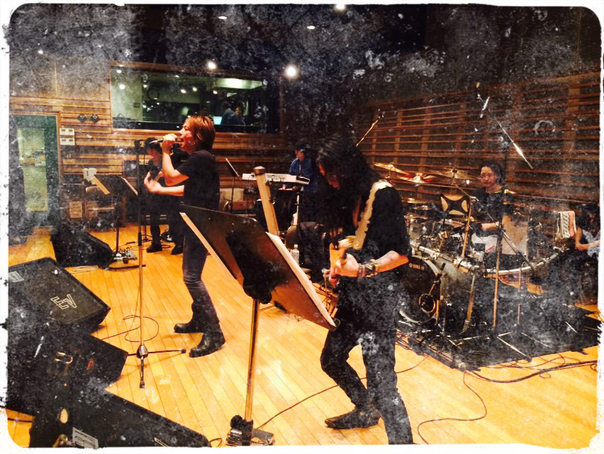 明日!『DESTINY CALLING Vol.1 -アニソン meets ロック!!!』_e0115242_15153065.jpg