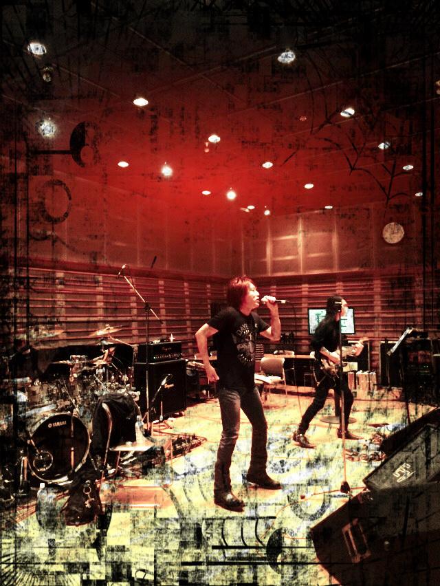 明日!『DESTINY CALLING Vol.1 -アニソン meets ロック!!!』_e0115242_1516610.jpg