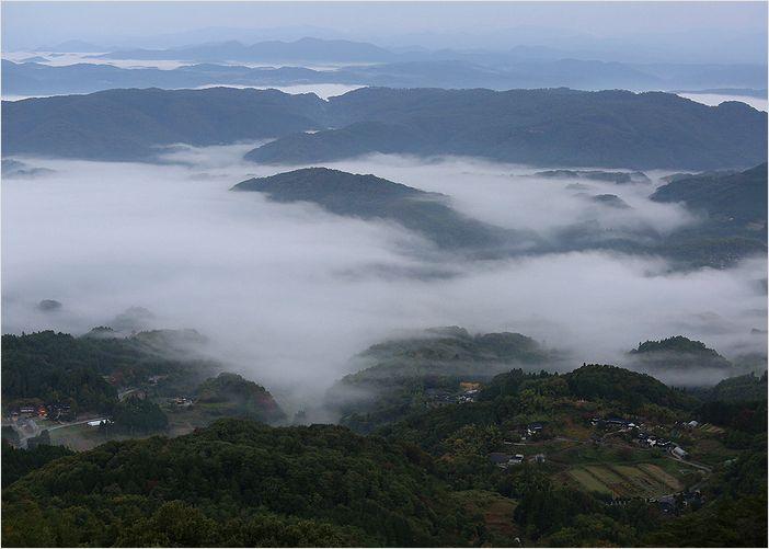大平山よりの雲海_a0256349_18334154.jpg