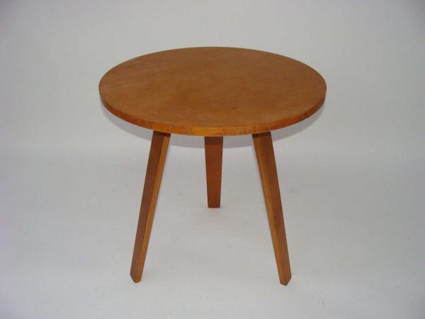 "\""Cees Braakman Small Round Table\""ってこんなこと。_c0140560_10342359.jpg"