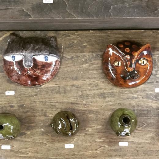 陶芸家のつくる猫たち_f0156861_18324092.jpg