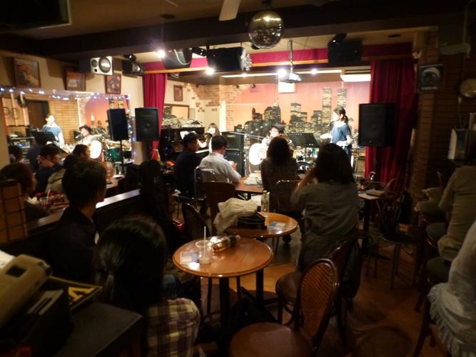 2015年9月21日、MayumiさんZOEでの、最後のカラフルライブでした。_e0188087_19104065.jpg
