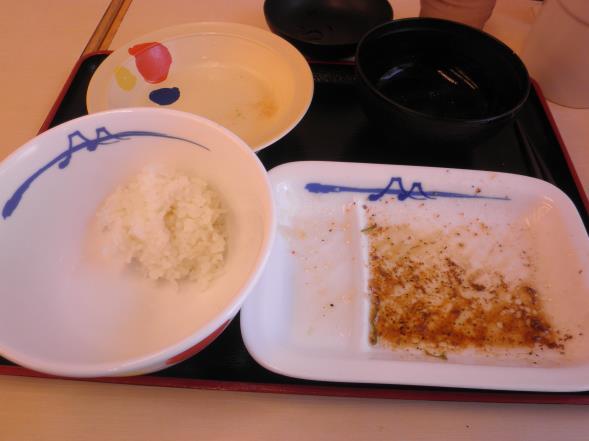 松屋の牛焼肉定食    布施南店_c0118393_10221279.jpg