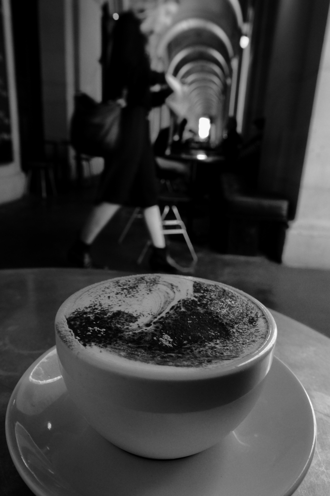 Coffee はメルボルンにかぎる_f0050534_17434485.jpg