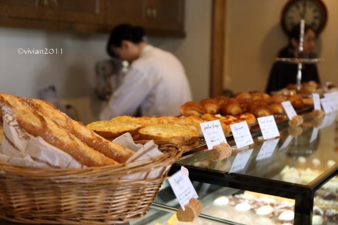 フランス菓子 グゥ(goùt) ~季節限定モンブラン~_e0227942_19272381.jpg