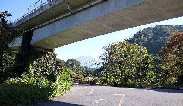 大山道を歩く(溝口道)_b0156456_919291.jpg