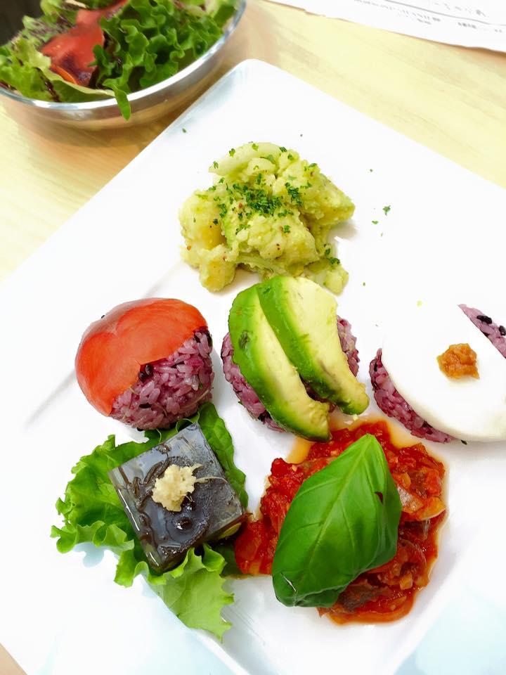 タカコ ナカムラ先生の料理教室_e0045565_22394037.jpg