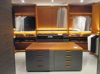 イタリアを代表する家具ブランドから・・・。_d0091909_1112226.jpg