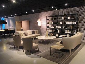 イタリアを代表する家具ブランドから・・・。_d0091909_1153024.jpg