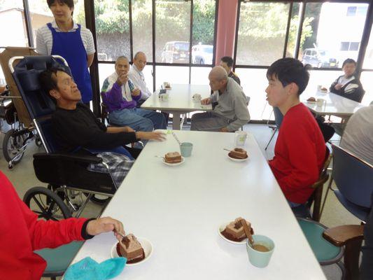 11/25 日曜喫茶_a0154110_1134634.jpg