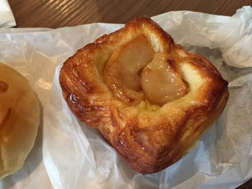 15年SWソウル  11★LE ALASKAのスマイルパンで朝食_d0285416_22550994.jpg