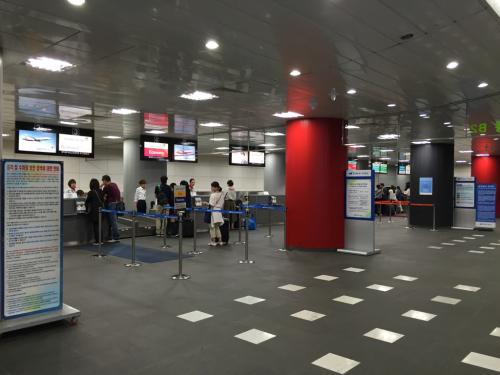 15年SWソウル  12★ソウル駅でトランクを預ける_d0285416_23104449.jpg