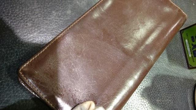 「革小物の汚れに汚れ落としは使っていいの?」_b0226322_16452945.jpg
