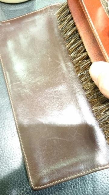 「革小物の汚れに汚れ落としは使っていいの?」_b0226322_16460833.jpg