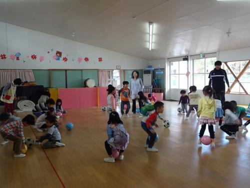 サッカー教室がありました!_d0166047_11433413.jpg