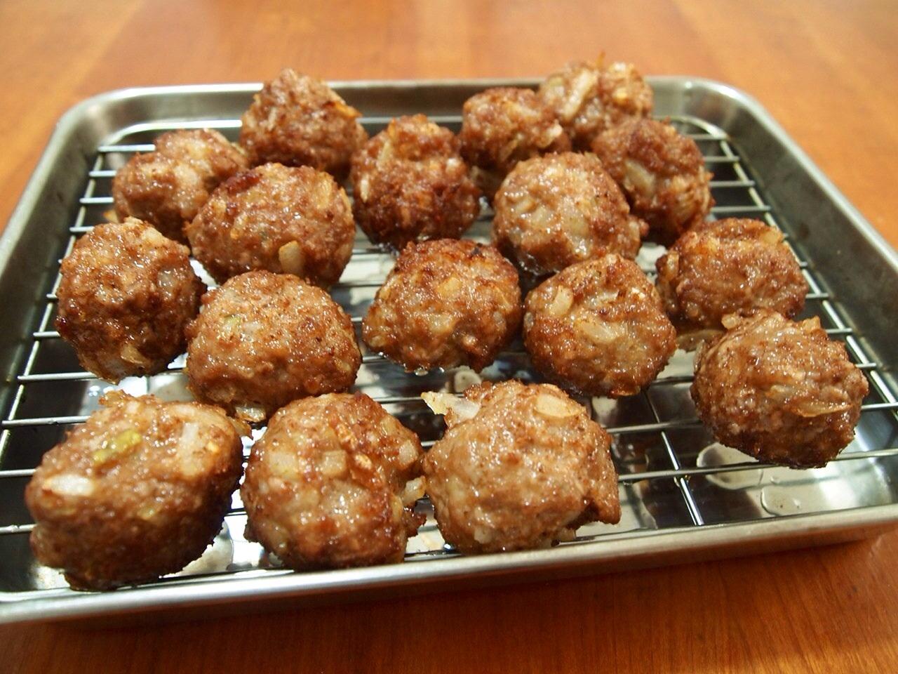 肉だんごと椎茸のウマ煮_a0258686_7384449.jpg