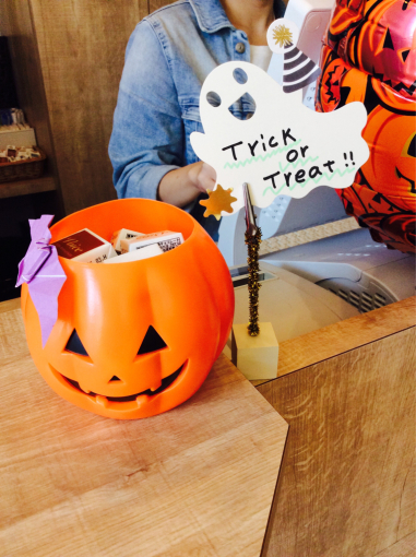 Trick  or  treat☆_e0062921_11265475.jpg