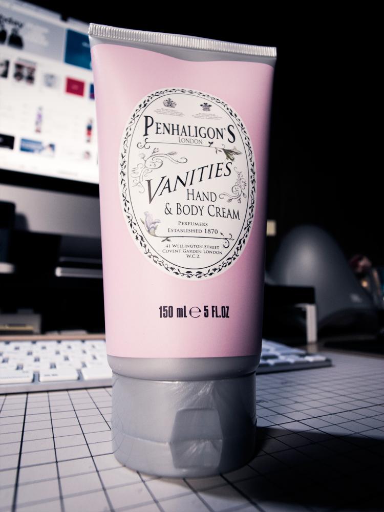 Penhaligon\'s Vanities Hand & Body Cream_c0085631_13191957.jpg