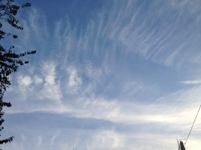 《今日の空と雲》風のお絵かき.。o○_b0298740_13261896.jpg