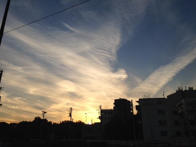 《今日の空と雲》風のお絵かき.。o○_b0298740_13262653.jpg