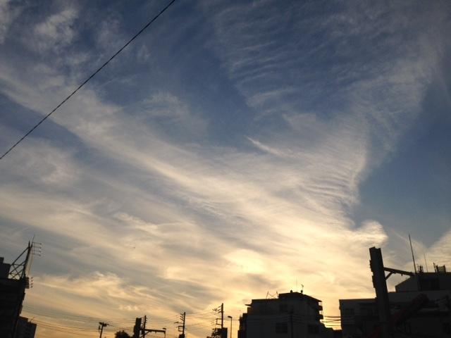 《今日の空と雲》風のお絵かき.。o○_b0298740_13263112.jpg