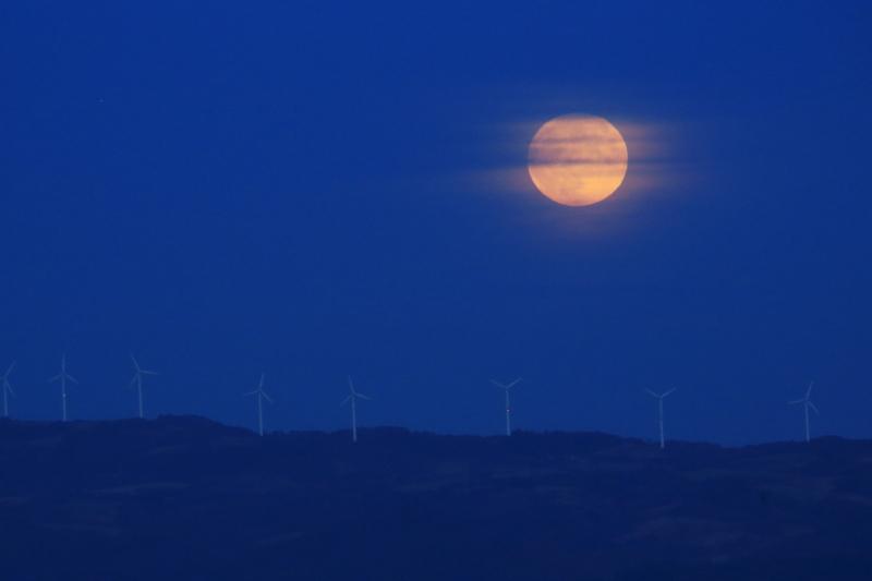 満月の昇る日(2015.10.27)_f0075075_18494611.jpg