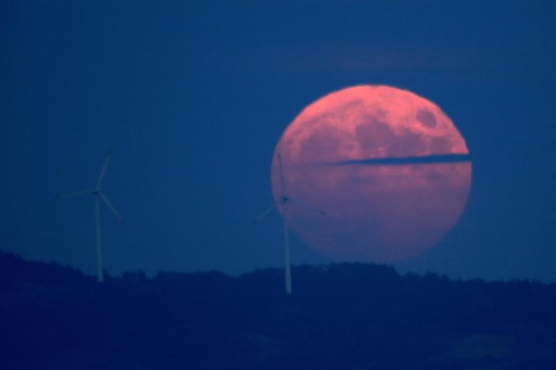 満月の昇る日(2015.10.27)_f0075075_18584574.jpg
