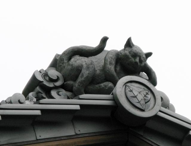 おかげ横丁 屋根の上シリーズ その4_f0129726_21524917.jpg