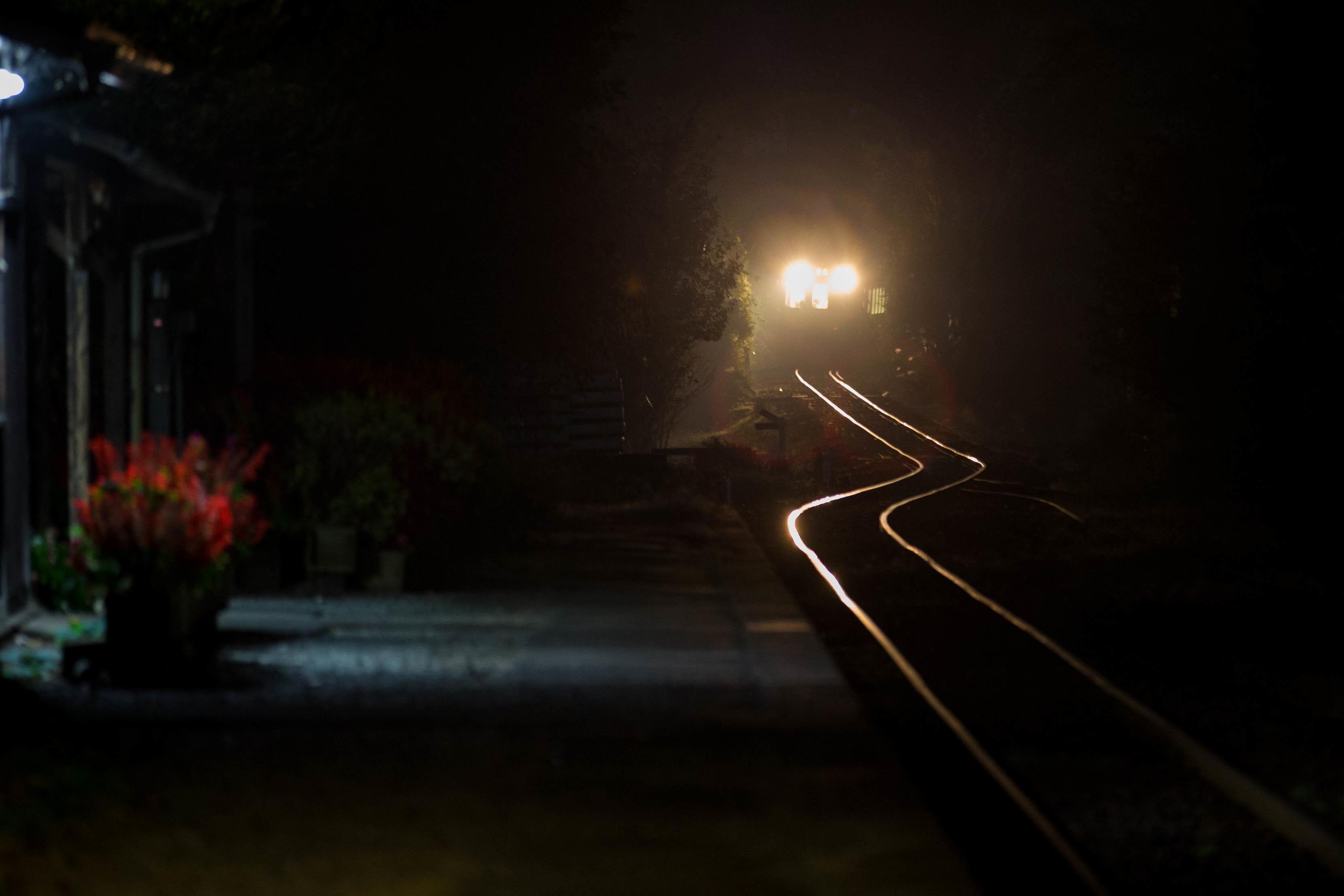 Train  ・・・夜感鉄道もどき・・・_f0333031_09143179.jpg