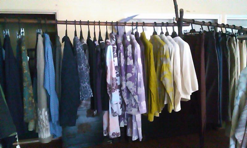 明日から「あき・ふゆの服」企画展がはじまります_b0237038_20365517.jpg