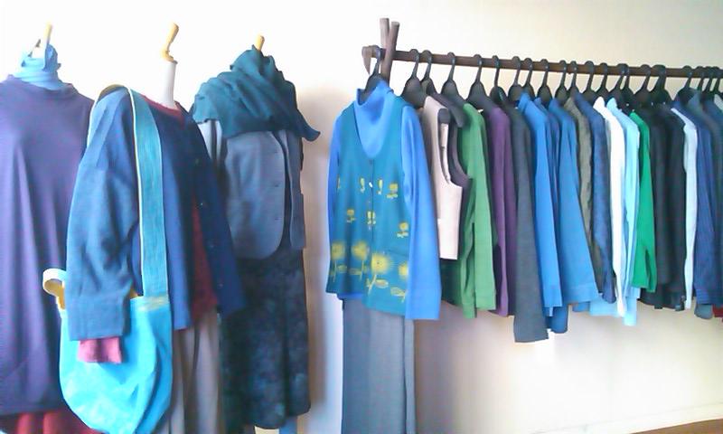 明日から「あき・ふゆの服」企画展がはじまります_b0237038_2036855.jpg