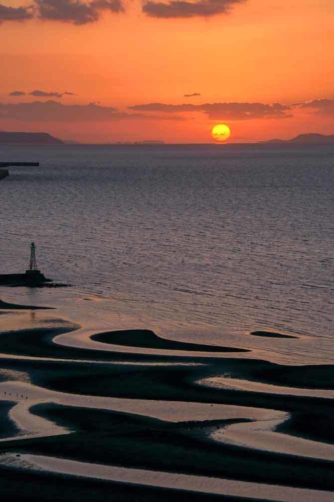 御輿来海岸にだるま夕陽_d0238245_23414825.jpg