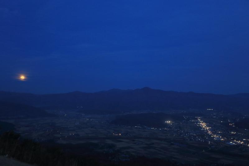 満月の昇る日(2015.10.27)_f0075075_9243093.jpg